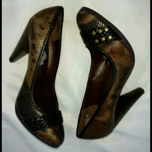 Not Rated Shoes - Not Rated Heels Brown Snakeskin Shoes Studded 8.5